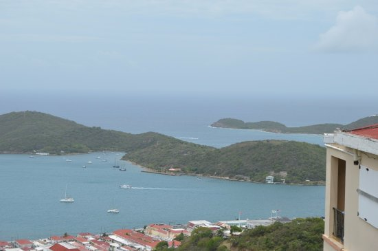 Godfrey Tours: St Thomas from up on highest point.