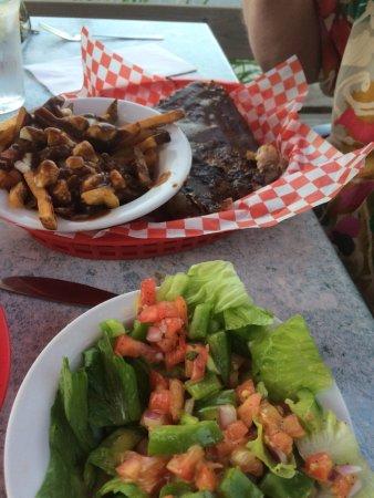 Wakefield, Канада: poutine was pretty good