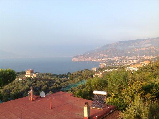 Il Nido Hotel Sorrento: סורנטו ממרפסת החדר