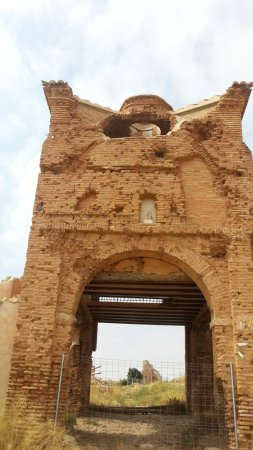 Belchite : Arco de San Roque