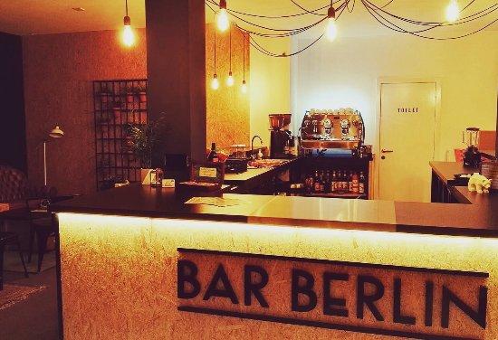 bar berlin leuven restaurant reviews photos tripadvisor. Black Bedroom Furniture Sets. Home Design Ideas
