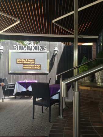 Bumpkin's Restaurant: seating area