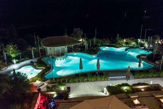 Hotel Monte Mulini: Pool at night