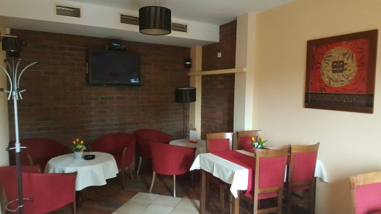 Bardejov, Slovakia: fajčiarska časť reštaurácie
