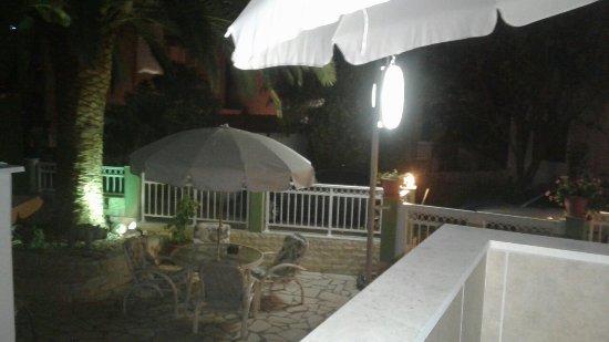 Phoenix Studios Hotel - room photo 15999439