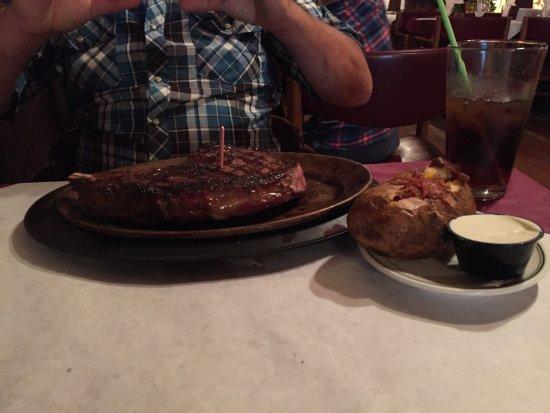 Cassie's Supper Club: photo0.jpg
