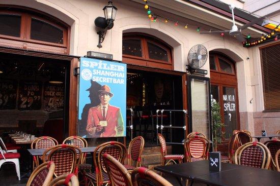 Terrasse Du Bar Picture Of Spiler Shanghai Budapest