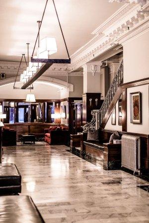 โรงแรม เดอะ มอสเซอร์