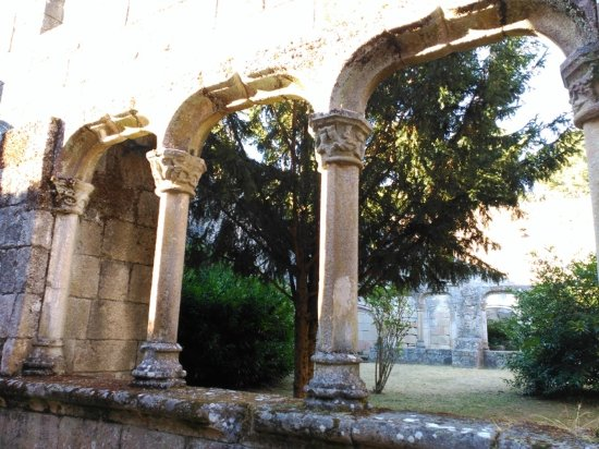 Xinzo de Limia, España: Parte del Claustro. En Trandeiras
