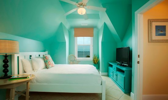 Parrot Key Hotel and Resort: Waterfront Two Bedroom Suite and Villa Top Floor