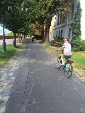 Budapest Bike Breeze: photo0.jpg