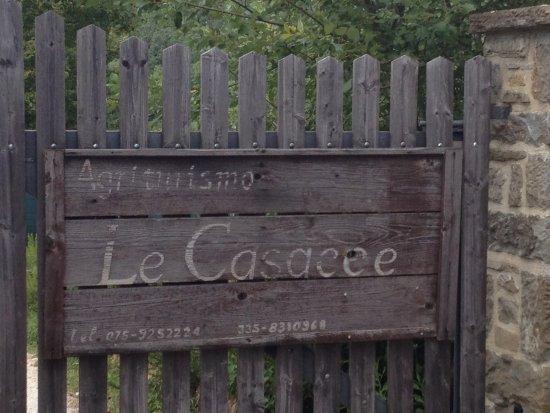 Agriturismo Le Casacce: Entrance gate