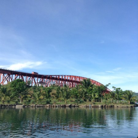San-Juanico-Brücke: A different vantage point care of Aqua Momentum.
