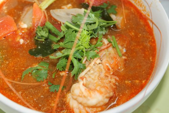 ‪‪Saraphi‬, تايلاند: Tom Yam Ghoong or Hot & spicy soup with prawn‬