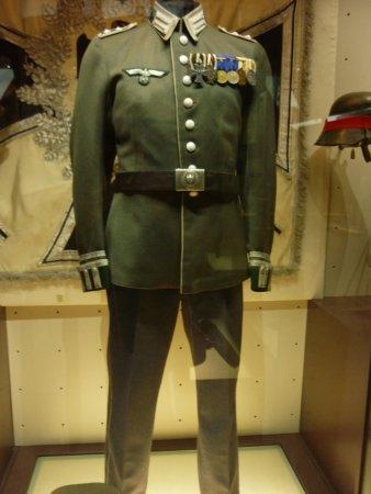 Nazi uniform - Bild från Koninklijk Legermuseum