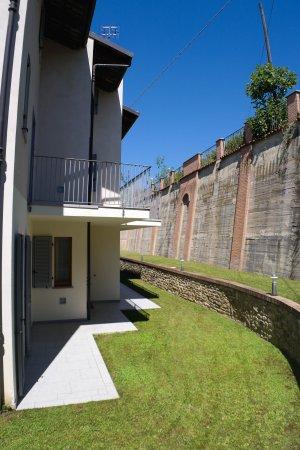 Anfiteatro apartments hotel monforte d 39 alba italia for Anfiteatro apartments