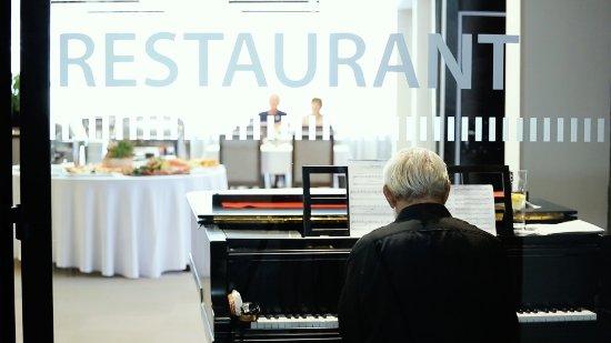 Stara Lesna, Słowacja: Horizont Resort Restaurant
