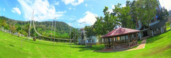 Mid Air Circus Arts' Flying Trapeze & Circus Arts Academy