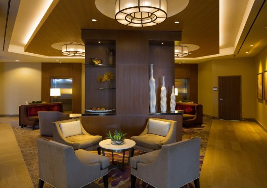 DoubleTree by Hilton Hotel Irvine - Spectrum : Hotel Lobby