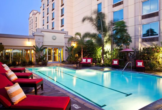Doubletree by Hilton Hotel Los Angeles - Commerce: Pool