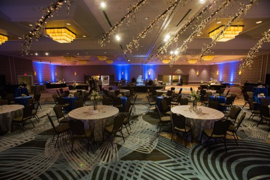 Doubletree Hotel Tulsa-Downtown: International Ballroom