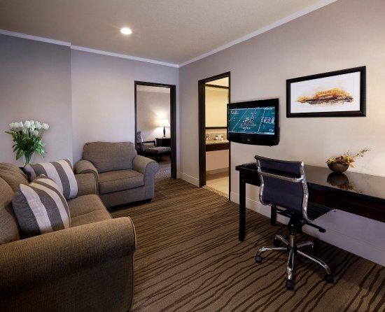 Claremont, Californien: Jr Suite Living Room