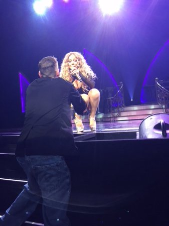 The Colosseum at Caesars Palace: Mariah Asking Me My Name & Signing My Program