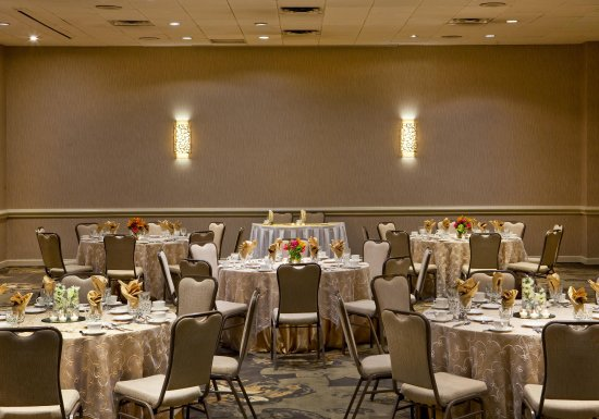Pikesville, MD : Social Sweetheart Tables