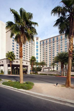 Hilton Grand Vacations on Paradise (Convention Center): Hilton Grand Vacations by Day