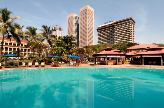 Hilton Colombo: Outdoor pool
