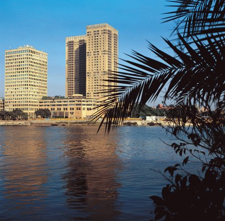Hilton Cairo World Trade Center Residences: Hotel Exterior