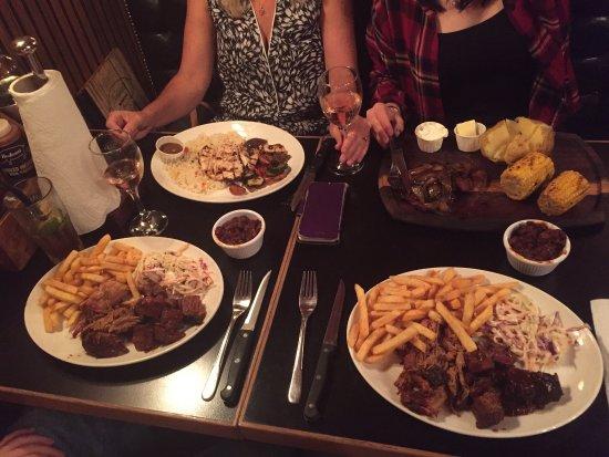 Bodean's BBQ - Tower Hill: photo0.jpg