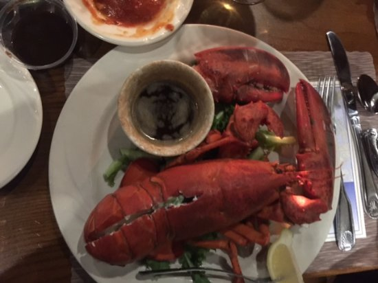 1 1/4 LOBSTER - Picture of The Crab Trap, Somers Point - TripAdvisor