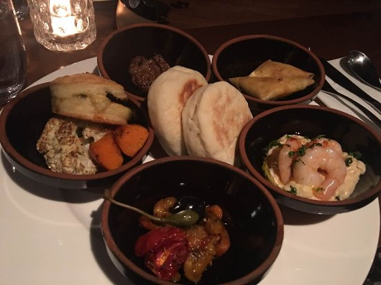 Tajine Moroccan Restaurant & Lounge Photo