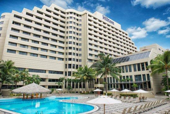 Hilton Colon Guayaquil: Hotel Exterior