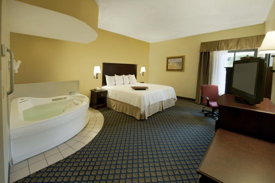 Juno Beach, FL: King Whirlpool Suite