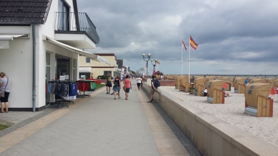 Seehotel Loenoe: Strandpromenaden