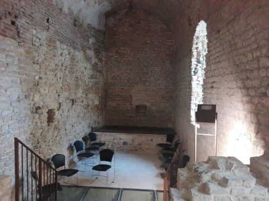 Rocca Sillana: IMG_20160904_172441_large.jpg