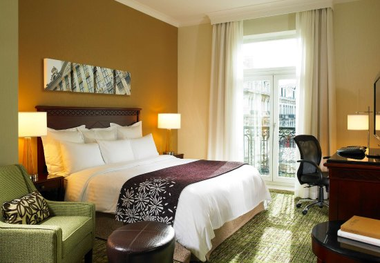 Brussels Marriott Hotel Grand Place: King Deluxe Guest Room