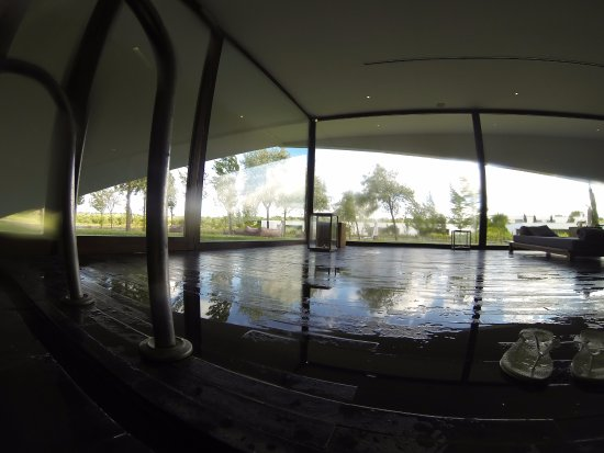 L'AND Vineyards: Indoor Pool