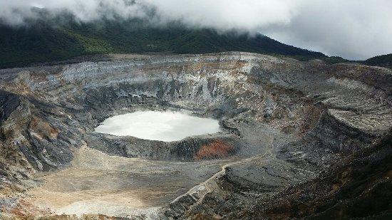 Poas Volcano National Park, Costa Rica: 20160904_103627_large.jpg