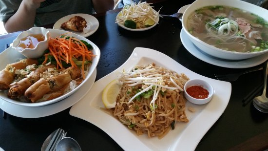 Phoever Maine Vietnamese Bar & Grill: Shared, Fresh and Great for Family Dining