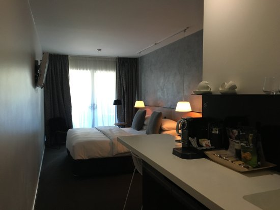 Limes Hotel Brisbane Photo