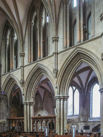 Southwell Minster: Gothic arches in the (slightly) later extension