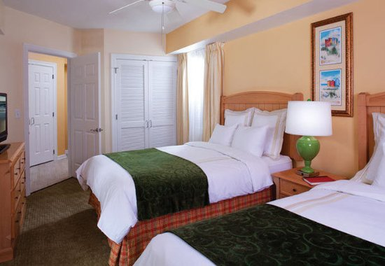 Marriott's Barony Beach Club: Villa Bedroom