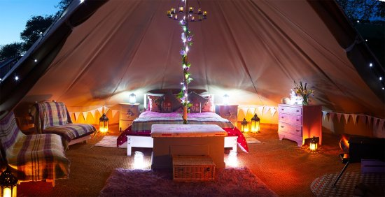 Humble Bee Farm Poppy Fields Bell Tent at night & Poppy Fields Bell Tent at night - Picture of Humble Bee Farm ...