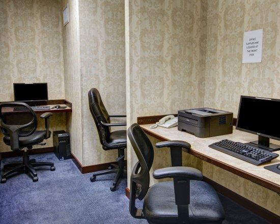 Comfort Inn Conference Center: MDBusiness Center