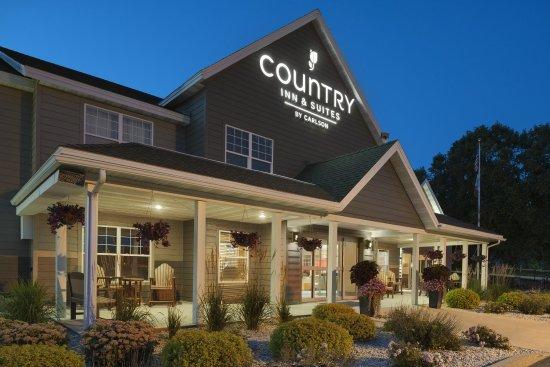 Best Rest Inn Suites Updated 2017 Prices Motel Reviews West Union Iowa Tripadvisor
