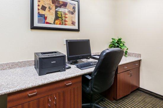 Comfort Suites Westchase: Business Center