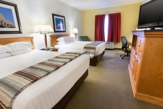 Drury Inn & Suites Albuquerque North: Deluxe Queen Guestroom